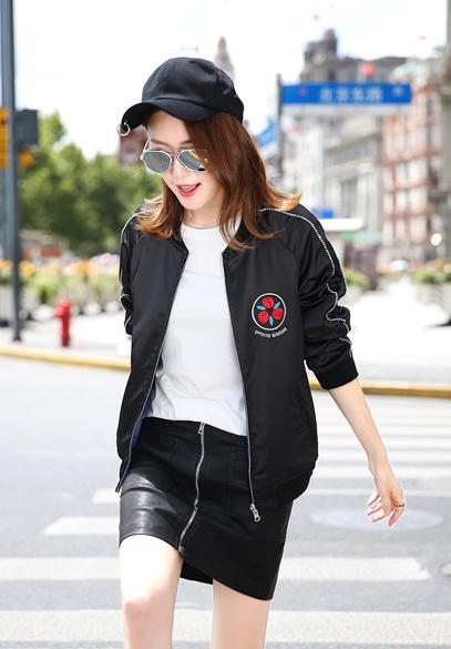 衣饰馨语两面穿明星同款刺绣棒球服女2016秋装新品韩版长袖时尚运动服外套