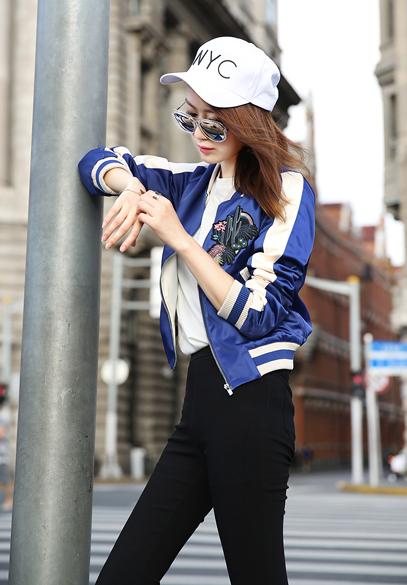 衣饰馨语韩版长袖棒球服上衣