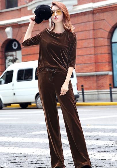 衣饰馨语2017秋装新款韩版时尚显瘦金丝绒套装五分袖上衣开叉长裤两件套
