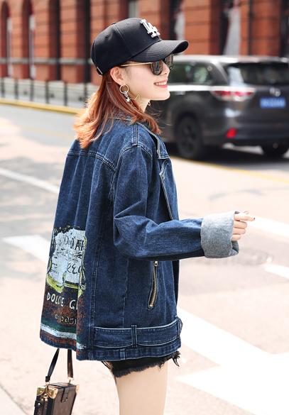 衣饰馨语2017秋装新款女士牛仔上衣欧洲站西装领宽松印花牛仔服外套潮
