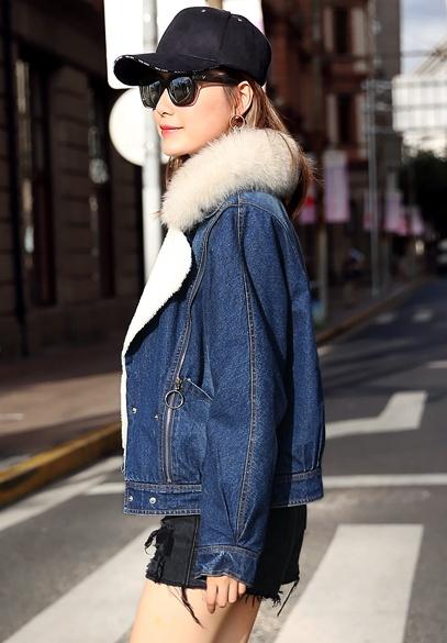 衣饰馨语2017冬装新款加绒加厚牛仔棉衣女狐狸毛大毛领蝙蝠袖牛仔棉服外套