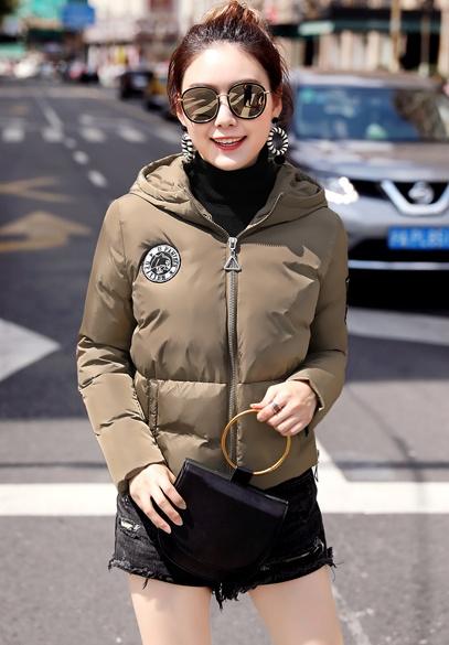 衣饰馨语2017冬装新款韩版连帽女士小棉衣加厚保暖短款时尚棉服外套潮