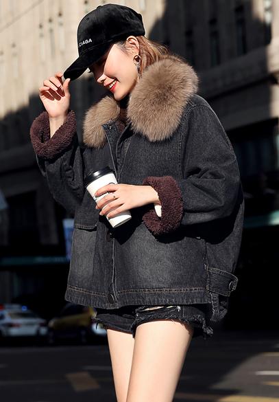 衣饰馨语2017冬装新款宽松大毛领加厚牛仔棉服女保暖加绒牛仔棉衣外套