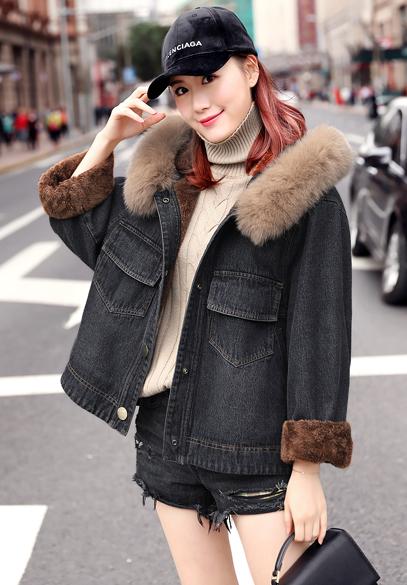 衣饰馨语2017冬季新款女士宽松牛仔棉衣加绒加厚狐狸毛领连帽牛仔棉服外套