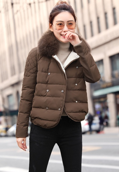 衣饰馨语2017冬新款女士韩版狐狸毛领羽绒服短款时尚羽绒衣小外套