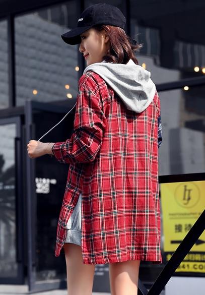 衣饰馨语2018春装新款女装中长款宽松时尚连帽拼接格子衬衫薄外套潮
