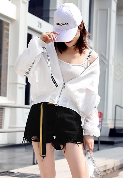 衣饰馨语2018夏季新款韩版宽松蝙蝠袖棒球服防晒衣女短款夹克薄外套(4月17日下架)