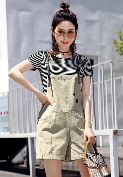 衣饰馨语2018夏季新款牛仔吊带裤女韩版时尚显瘦翻边牛仔背带单裤