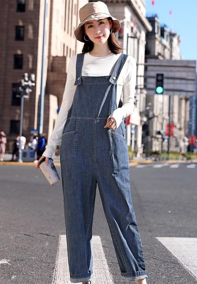 衣饰馨语2018秋季新款韩版时尚牛仔背带裤女士减龄宽松连体裤T恤两件套