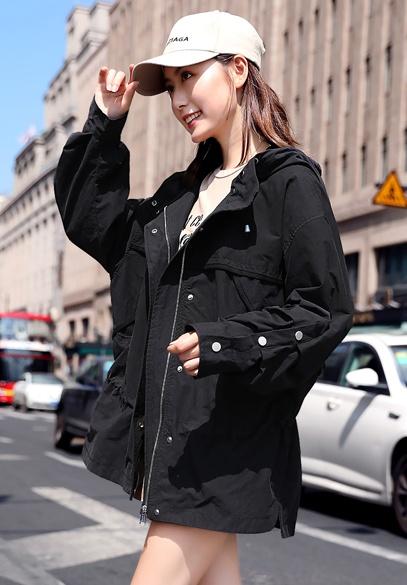 衣饰馨语2018秋季新款韩版中长款女士外套宽松时尚收腰显瘦百搭小风衣