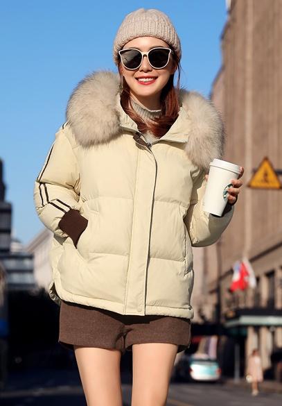 衣饰馨语2018冬季新款韩版短款连帽羽绒服女大毛领加厚保暖羽绒衣外套