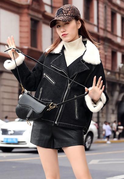 衣饰馨语2018冬季新款加绒加厚牛仔短外套女士韩版时尚水貂毛领牛仔棉衣