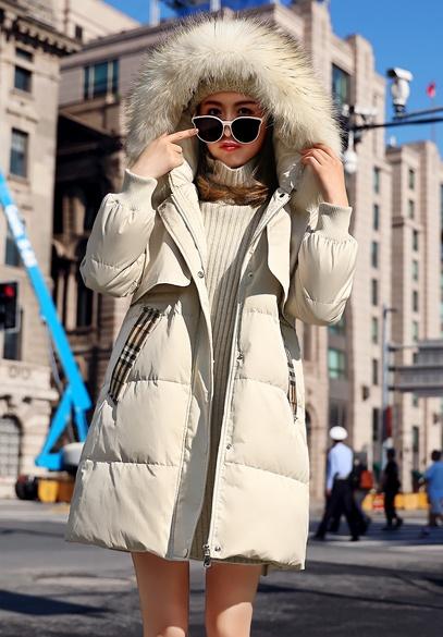 衣饰馨语2018冬季新款韩版加厚连帽羽绒服女中长款显瘦大毛领羽绒衣外套