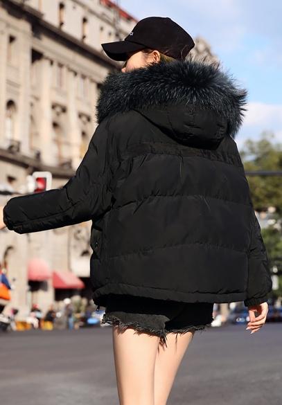 衣饰馨语2018冬季新款韩版时尚女士短款羽绒外套大毛领加厚保暖连帽羽绒服