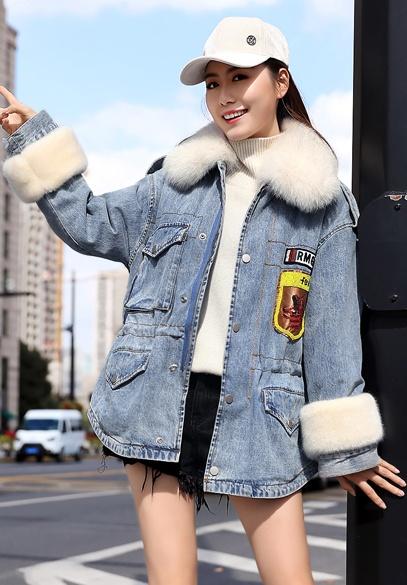 衣饰馨语2018冬新款韩版时尚狐狸毛大毛领牛仔棉衣女收腰显瘦牛仔棉服外套