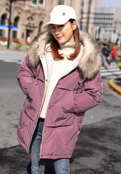 衣饰馨语2018冬季新款韩版宽松时尚彩色大毛领连帽加厚羽绒服外套女